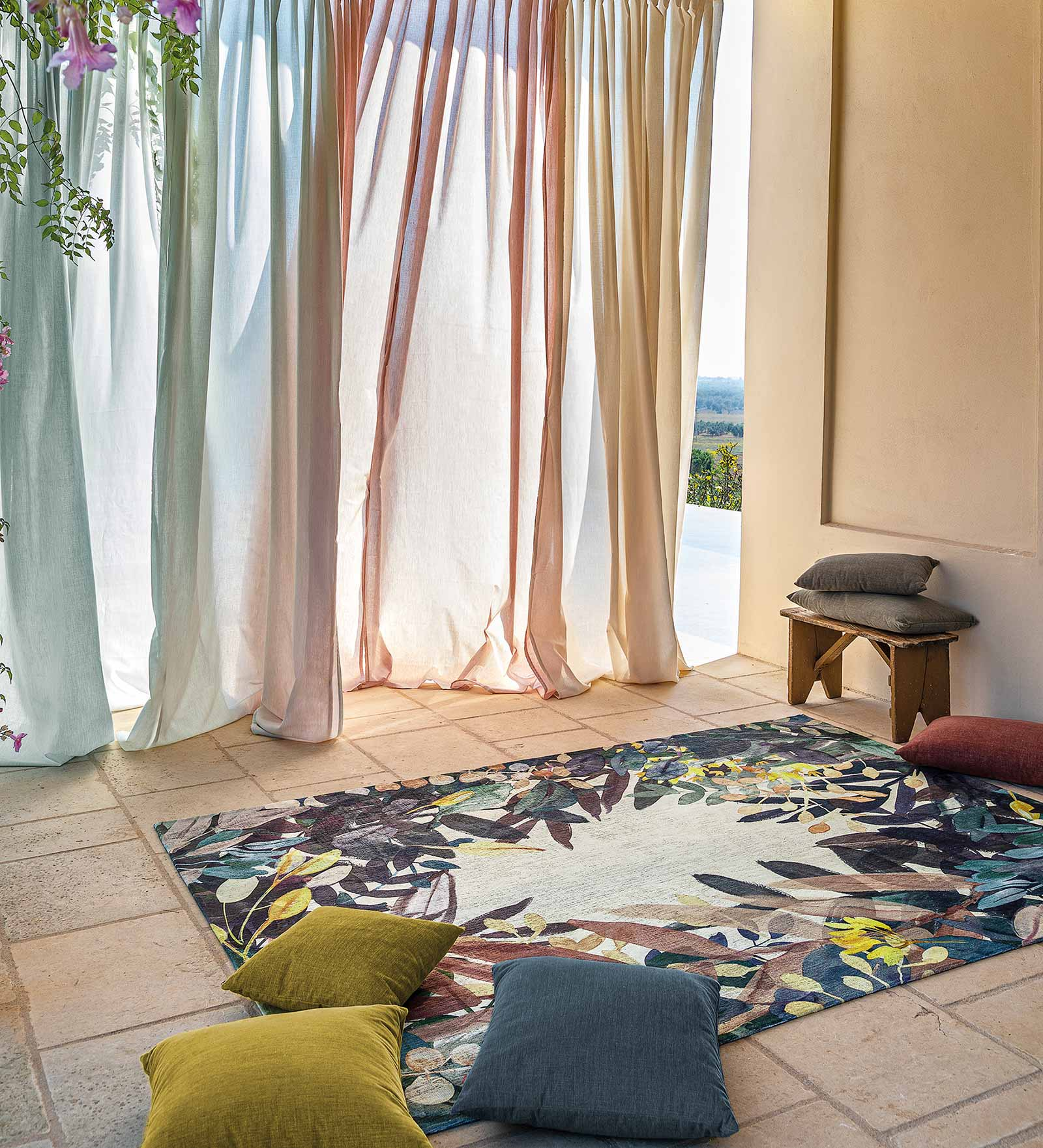 Louis De Poortere vloerkleed Fischbacher 8447 Estival Fresco interior