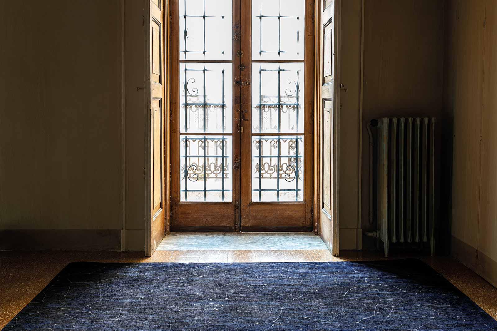 Louis De Poortere vloerkleed Fischbacher Celestial 9060 interior 2